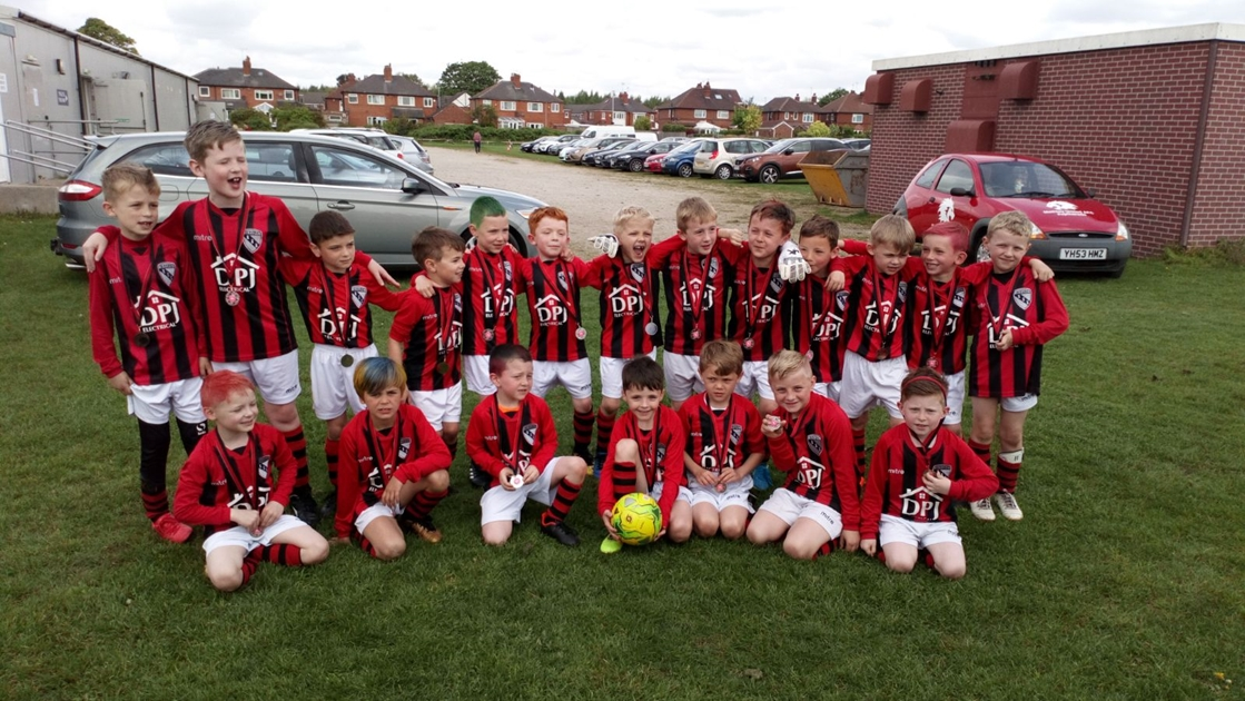 A big well done to the Horbury Town Junior Football Club!